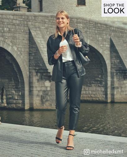 Pour un look plus résistant, choisissez le faux cuir